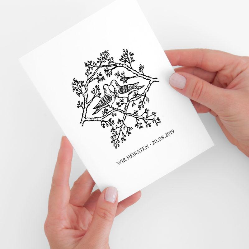 Nachhaltige Hochzeitseinladung im Design Tauben