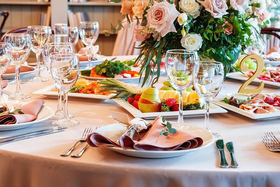 Tisch Buffet an der Hochzeit
