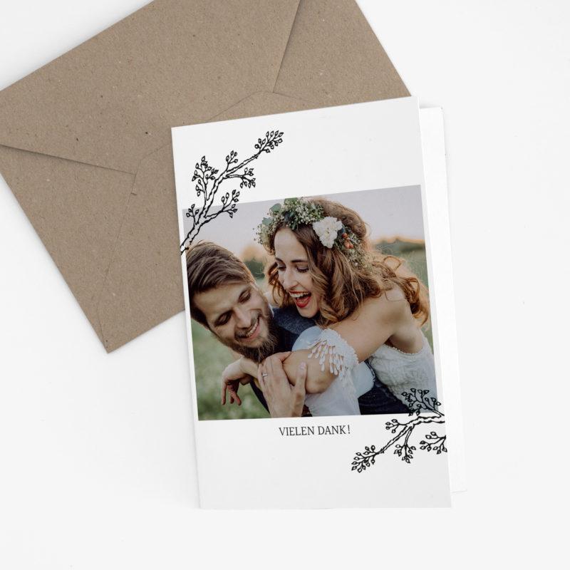 Nachhaltige Dankeskarte Hochzeit im schlichten Design Twigs